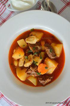 Gulas unguresc traditional reteta clasica Savori Urbane (3)