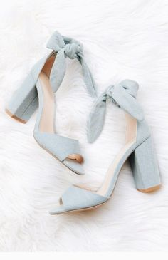 A light denim chunky heel with a peep toe, and tie at the ankle. Oxford Shoes Heels, Bow Heels, Women Oxford Shoes, Pumps Heels, Shoe Boots, Denim Heels, Ankle Heels, Suede Heels, Black Prom Heels