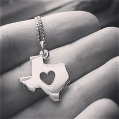 Repin if your heart belongs to Texas. - James Avery customer photo #jamesavery #texas