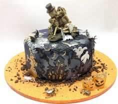 Halloween In Action - by crystalcandy @ CakesDecor.com - cake decorating website