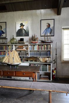 library with nautical accents Library Study Room, Nc Wyeth, Garage Loft, Eclectic Taste, Antique Interior, Living Styles, Workspaces, Room Set, Beautiful Interiors