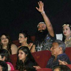 Saint Gurmeet Ram Rahim and Daughters Charnpreet Insan, Honeypreet Insan and Amarpreet Insan during Premiere show