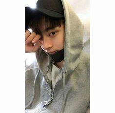 Korean Boys Ulzzang, Cute Korean Girl, Ulzzang Boy, Handsome Faces, Handsome Boys, Beautiful Boys, Pretty Boys, Dramas, Song Wei Long