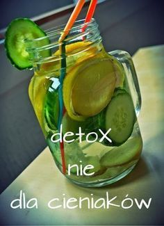 a cena jest . no nie wiem. Detox Drinks, Healthy Drinks, Healthy Cooking, Healthy Life, Shake Recipes, Diet Recipes, Healthy Recipes, Slim Drink, Gin