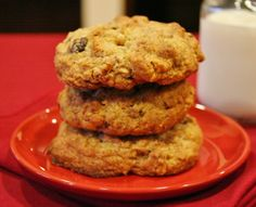Oatmeal and Raisin Cookies - Levain Copycat