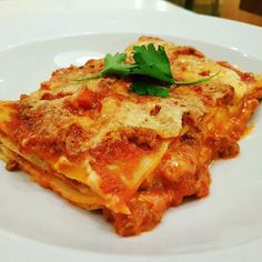 Hands up if you have an unhealthy obsession with lasagne?  Watch episodes of THIS MODEL EATS A LOT here - https://www.youtube.com/watch?v=YZe-rHJqBts || #foodblog #lasagne #italianfood
