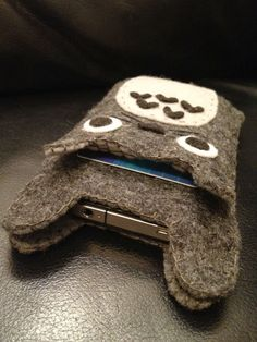 Hey, I found this really awesome Etsy listing at https://www.etsy.com/listing/107794914/totoro-iphonegalaxy-s-case-attached-with