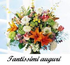Tantissimi auguri con bellissimi fiori - Immagini con Frasi, Foto, Carte e Gif di Fiori per scaricare e condividere su Facebook, Google+, WhatsApp...