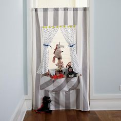 Shop Off Broadway Doorway Puppet Theater. Create a puppet show anywhere in your home with the help of our Off Broadway Puppet Theater. It's easy to set up and has plenty of pockets to hold hand puppets.