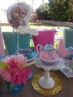 FROZEN VINTAGE TEA PARTY THEME SETUP