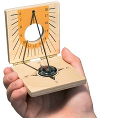 A genuine pocket-sized timepiece for bright children. Align with the sun using the integrated compass and the sundial will accurately tell the time. Made in a community for adults with special needs. Made in: Germany made of: birch wood size: 6 x 6 cm