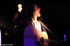 Singing AAAAAAAH