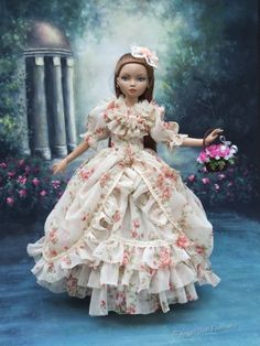 Rose gown for Ellowyne