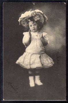 Fillette Chapeau Belle Robe Edwardian Girl
