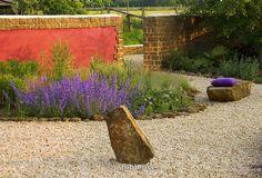 Znalezione obrazy dla zapytania Rickyard Barn garden,