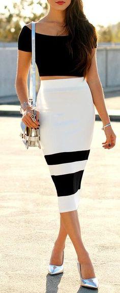Black & White w/ Metallic Pumps ♥