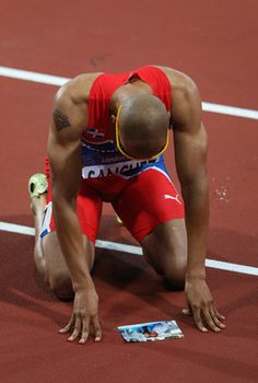 Dominican Hurdler Felix Sanchez ran for his grandmother