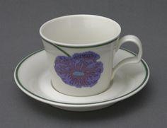 Arabia, Illusia, Heikki Orvola ja Fujiwo Ishimoto. Kitchenware, Tableware, Scandinavian Style, Finland, Tea Cups, Ceramics, Dishes, Cupboard, Retro