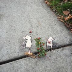 An American artist David Zinn has been busy with breathing life into dull city's sidewalks.