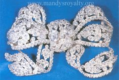 Dorset Bow Brooch-9th favorite brooch by frequency of wearing.  Mandy's British Royalty: Royal Jewels - Brooches