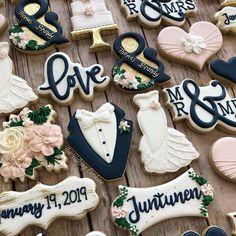 Jenny Thompson (thetalkingcookies) photos and videos. Rehearsal Dinner Cake, Rehearsal Dinners, Wedding Rehearsal, Cookie Icing, Royal Icing Cookies, Sugar Cookies, Wedding Shower Cookies, Bridal Shower, Jenny Thompson