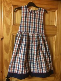 OshKosh b'gosh - vintage - girl's gingham pinafore with hat - age 10 yrs. #OshKoshBgosh