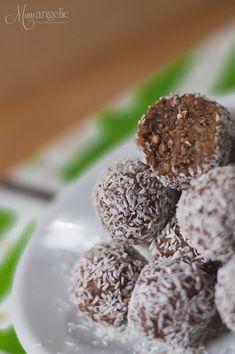 Τρουφομπάρες! | λαχανικά/ νηστίσιμα | βουρ στο ψητό! | συνταγές | δημιουργίες| διατροφή| Blog | mamangelic Energy Balls, Buttercream Cake, Healthy Eating, Sweets, Snacks, Vegan, Cookies, Desserts, Recipes