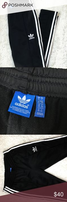 Adidas Originals Sweatpants Like New (Purchased at Urban Outfitters) - Features zippered pockets and zippers along the ankles. Sweatpants are a skinny-legging type fit. Stretch waistband. Ships today! FAST SHIPPING. adidas Pants Track Pants & Joggers