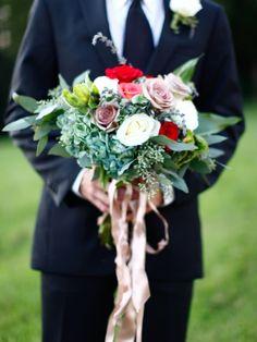 Bridal Bouquet Designs and Photos   #CedarwoodWeddings #CountryWedding #WeddingIdeas #WeddingPhotography #Bouquet