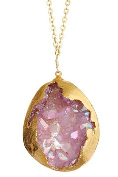 "Treasure Hunt: Jewelry Blowout  Dara Ettinger Hilda Freeform Agate Geode Pendant Necklace  $108  About This Item  Reach for this must-have necklace whenever your look needs a touch of chic, sparkling texture.   - 24K gold plated brilliant-treated freeform agate geode pendant necklace  - No clasp - style slips over head  - Approx. 32"" chain length  - Approx. 1.5""-2"" pendant length  #Made_in_USA  Materials  24K gold plated agate geode, 24K gold plated brass"