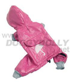 DoggyDolly Hunderegenmäntel Aktion. Hunderegenmantel gefüttert pink - DoggyDolly Hunderegenmantel pink.Regenmantel für Hunde in trendigem pink mit Kapuze und Leckerlitasche mit aufgedrucktem Regenschirm auf dem Rücken. DoggyDolly Regenmantel für Hunde mit 4 Pfoten. Pink, Harem Pants, Cowl, Action, Taschen, Harem Jeans, Harlem Pants, Pink Hair, Roses