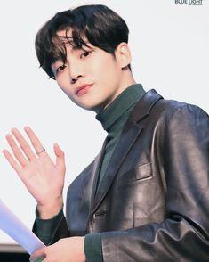 Actors Male, Korean Actors, Actors & Actresses, Korean Drama Stars, Sf9 Taeyang, Chani Sf9, Sf 9, Kdrama Actors, Boyfriend Material