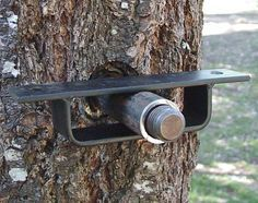 Floating Bracket for Tree House Building | The Family Handyman