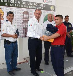 Entregamos 40 Uniformes al H.Cuerpo de Bomberos de Ciudad Madero.