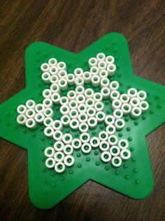 The Contemplative Creative: Kids Project : Snowflake Ornaments perler Perler Bead Templates, Diy Perler Beads, Perler Bead Art, Melty Bead Patterns, Hama Beads Patterns, Beading Patterns, Snowflake Ornaments, Beaded Ornaments, Christmas Perler Beads