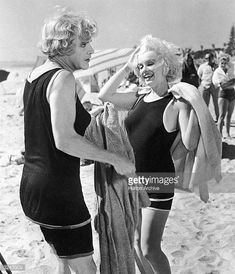 #MarilynMonroe and #JackLemmon  Behind the scenes Some Like it Hot 1959