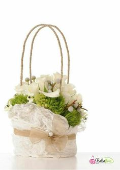 Lacey floral purse