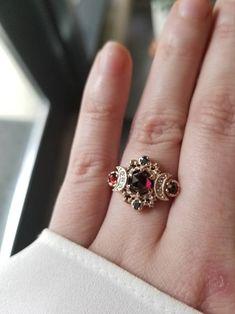 Classic Wedding Rings, Custom Wedding Rings, Classic Engagement Rings, Wedding Band, Gold Wedding, Gothic Wedding Rings, Morganite Engagement, Rose Gold Engagement Ring, Engagement Ring Settings