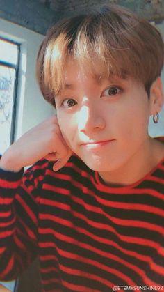 jeon jungkook cute No le digas a noona lo que hace - Jungkook Selca, Foto Jungkook, Foto Bts, Jungkook Lindo, Jungkook Oppa, Taehyung, Jung Kook, Jungkook Mignon, V Bts Wallpaper