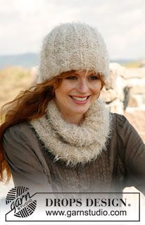 """Set consists of: Knitted DROPS hat and neck warmer in English rib in """"Symphony"""" and """"Alpaca Bouclé"""". ~ DROPS Design"""