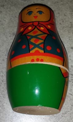 estate auction set of Russian style nesting dolls