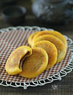 Chinese Pumpkin Pancakes  金瓜饼