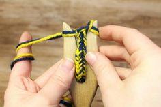 Die Strickgabel - Zweifarbige Kordeln - Möhrchen und das Mittelalter