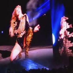 Beyoncé Beautiful Ones Formation World Tour 2016