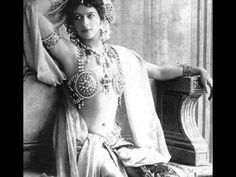 Dinge en Goete (Things and Stuff): This Day in History: Oct 15, 1917: Mata Hari executed