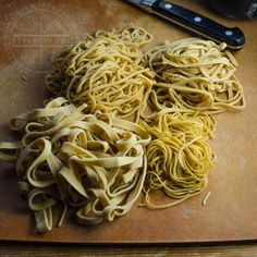 Homemade Chinese Egg Noodles  Pasta Homemade Chinese Egg Noodles   diversivore #pasta #homemade #pasta Egg Noddle Recipes, Asian Egg Noodle Recipes, Chinese Egg Noodles Recipe, Asian Recipes, Ethnic Recipes, Oriental Recipes, Homemade Egg Noodles, Homemade Pasta, Yummy Pasta Recipes