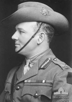 Biography - Harold Edward (Pompey) Elliott - Australian Dictionary of Biography Ww1 Soldiers, Wwi, Australian Dictionary, Lest We Forget, World War One, Biography, Cool Pictures, Captain Hat, British