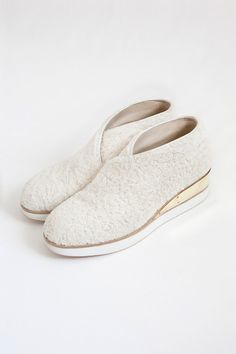 Wooly shoes. Femme Maison AUTUMN/WINTER 12/13