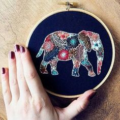 Excellent Snap Shots animal Embroidery Patterns Thoughts You have acquired most the fundamental of stitching, taken online bathing room classes and side embroidering Embroidery Hoop Crafts, Hand Embroidery Stitches, Crewel Embroidery, Hand Embroidery Designs, Cross Stitch Embroidery, Embroidery Supplies, Cross Stitching, Sewing, Crafty
