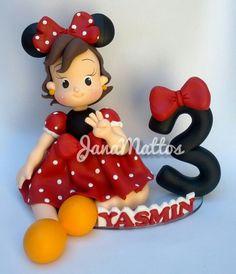 Topo decorativo personalizado Minnie vermelha.  Feito à mão, porcelana fria, biscuit.  #Minnie